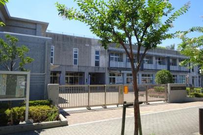 八王子市立 七国小学校の画像1