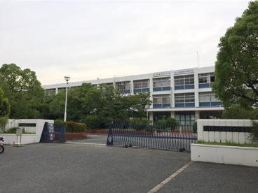 兵庫県立芦屋国際中等教育学校の画像2