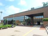 川崎市立宮前図書館