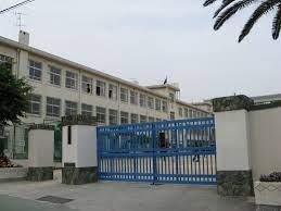 神戸市立中学校 原田中学校の画像1