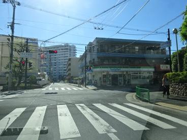 ファミリーマート茨木天王店の画像1