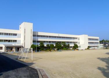 津山市立 西小学校の画像1