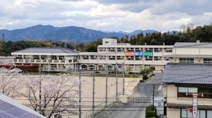 鶴山小学校の画像1