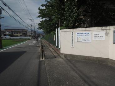 高槻市立 西大冠小学校の画像2