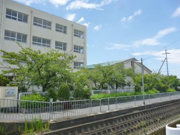 高槻市立 柳川小学校の画像3