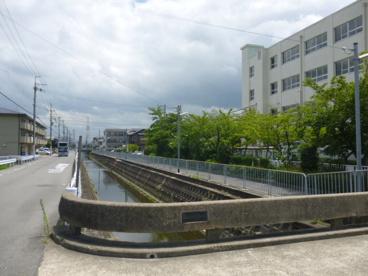 高槻市立 柳川小学校の画像4