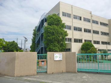 冠中学校の画像3