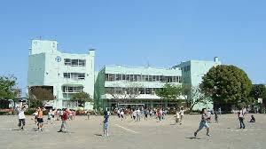 厚木市立妻田小学校の画像2