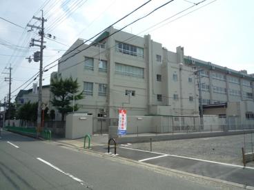 茨木市立 中津小学校の画像3