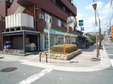 ファミリーマート茨木舟木町店の画像3