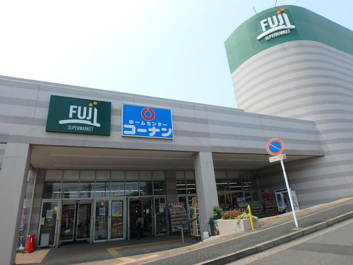 フジ上野川店の画像