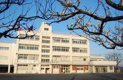 横浜市立 梅林小学校の画像1