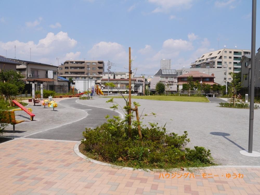 豊島区立 上池袋くすのき公園の画像