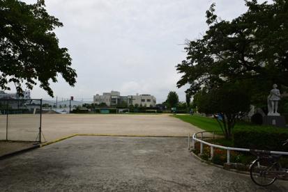 高槻市立 川西小学校の画像3