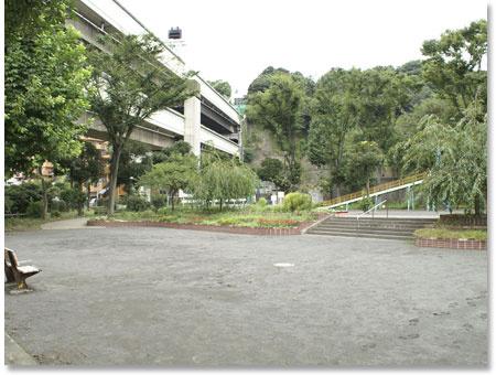 軽井沢公園の画像