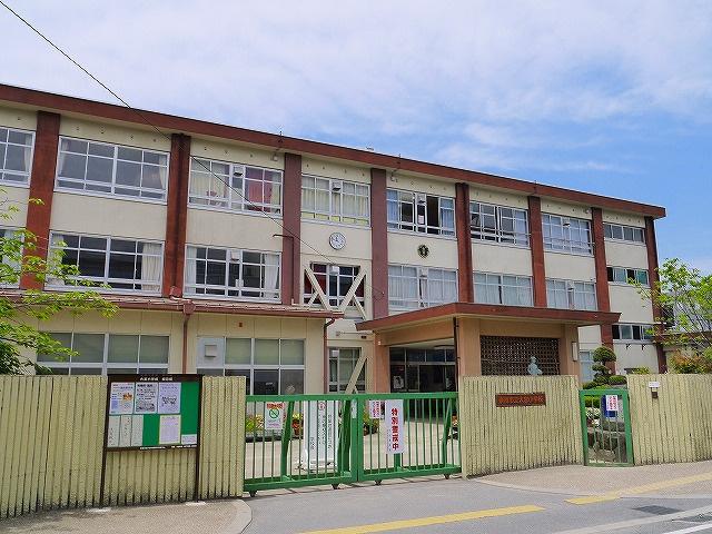 奈良市立大宮小学校の画像