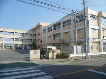 明石市立中学校 望海中学校の画像1