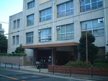 大阪市立高津中学校