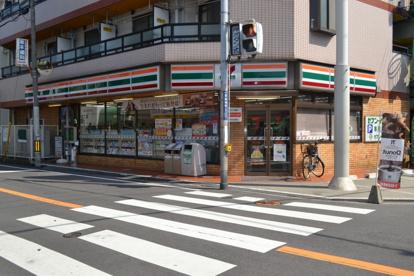 セブン−イレブン 寝屋川萱島南店の画像1