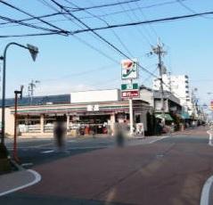 セブンイレブン大阪加美東4丁目店の画像1