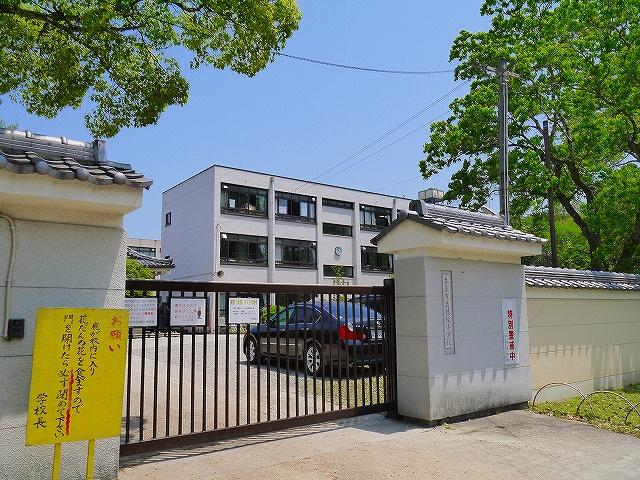 奈良市立鼓阪小学校の画像
