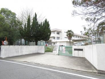 生駒市立 鹿ノ台中学校の画像2