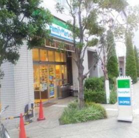 ファミリーマート東池袋春日通り店の画像1