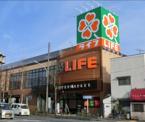 ライフ新桜台駅前店