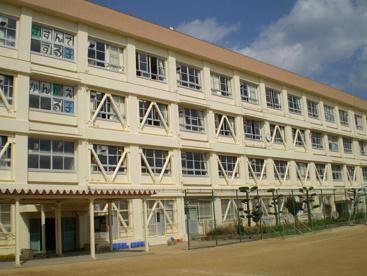 神戸市立 北五葉小学校の画像1