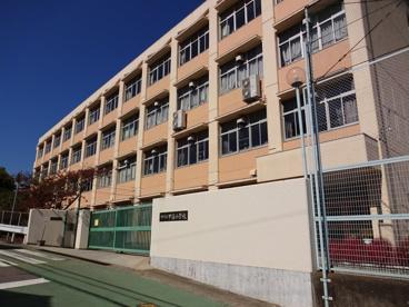 神戸市立甲緑小学校の画像2