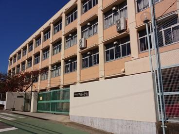 神戸市立甲緑小学校の画像3