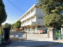 座間市立座間小学校