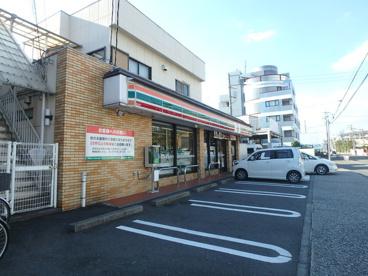 セブンイレブン川崎末長店の画像1