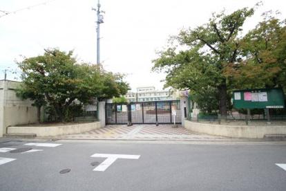 豊中市立 豊島小学校の画像1