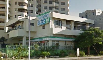 ファミリーマート 真和志小学校前店の画像1