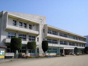 沼田市立利根西小学校の画像1