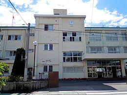 群馬県立沼田女子高等学校の画像1