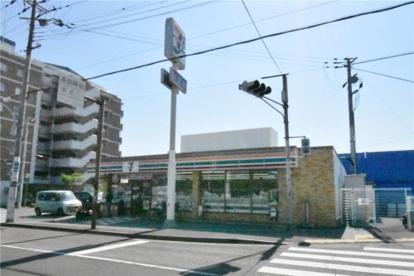 セブンイレブン 柳本町店の画像2