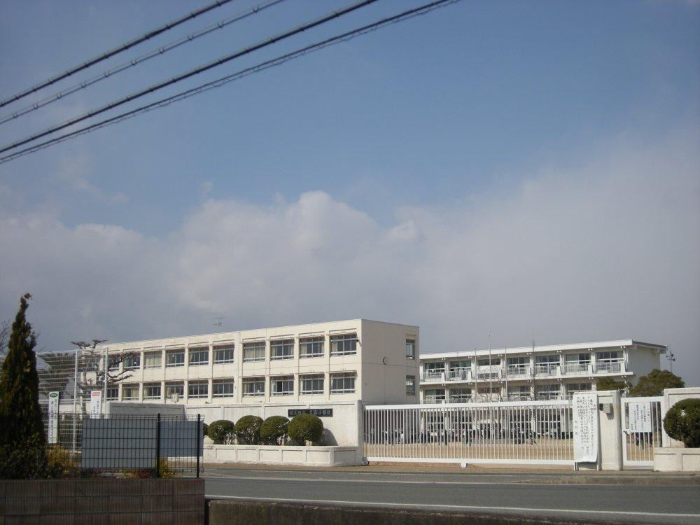 天満東小学校の画像