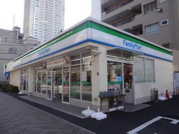 ファミリーマート 西浅草3丁目店の画像1