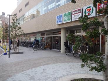 セブンイレブン 三河島駅前店の画像2
