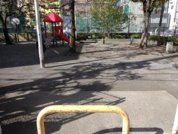 新坂本児童遊園の画像1
