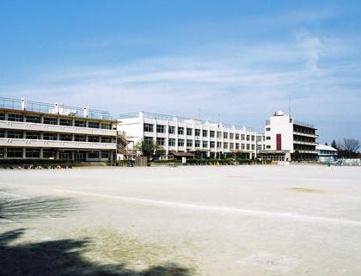 入間市立東金子小学校の画像1
