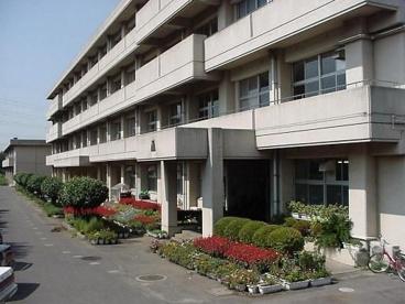 千葉市立貝塚中学校の画像1
