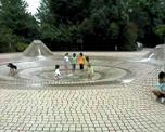 夏の雲公園