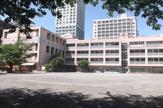 新宿区立花園小学校