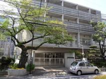 西新宿中学校