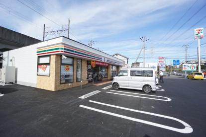 セブンイレブン小金沢坂下店の画像1