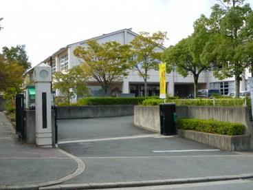 亀岡市立 南つつじケ丘小学校の画像1