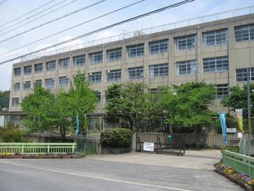 城陽市立東城陽中学校の画像1